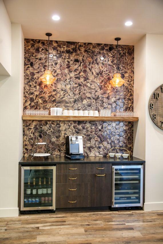 l'evation salon coffee bar
